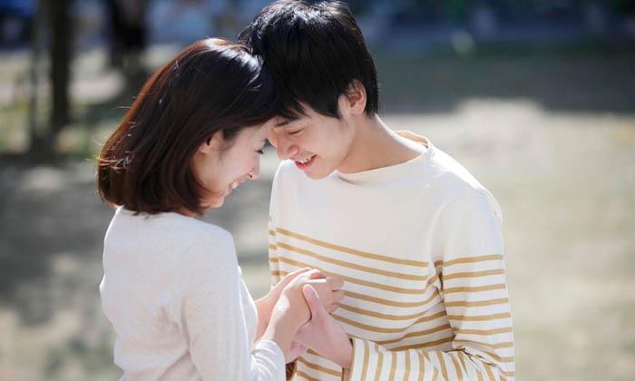 ภาษากายที่บอกว่าคู่ครองมีความรักต่อกัน